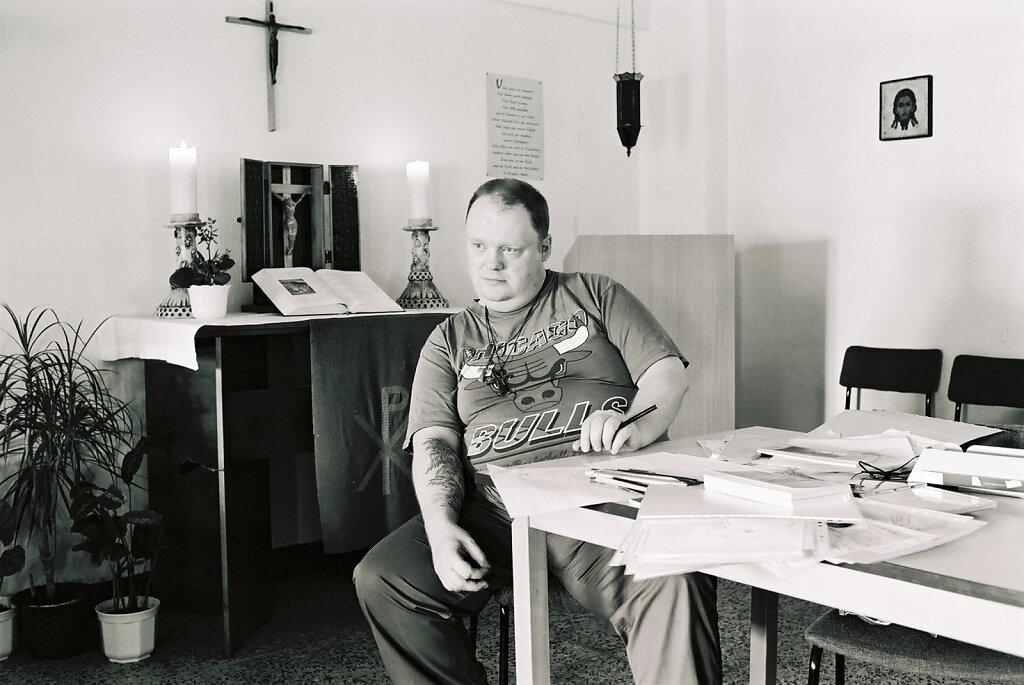 Steffen, Kirchenraum, Juni 02