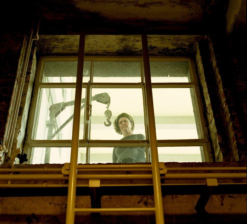 Elisabeth Kremer, wissenschaftliche Mitarbeiterin, Kohlenkeller, Bauhaus Dessau, 05/06
